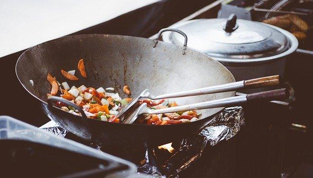 Koken voor een grote groep in een kleine keuken